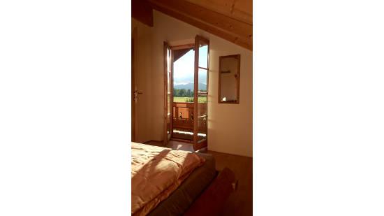 Schlafzimmer mit Blick in die Berge